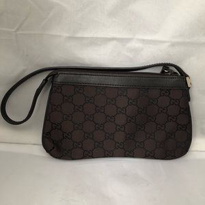 Gucci wristlet - brown